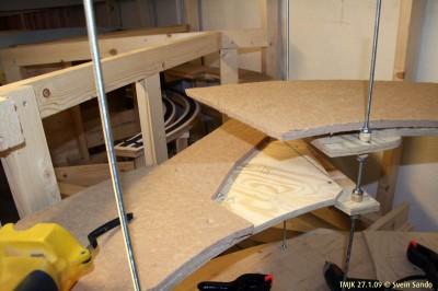 Malmtogssporet skal stikke ut fra helixens to innerste spor her, og bort til veggen i etasjen over sløyfesporet rundt Undredal
