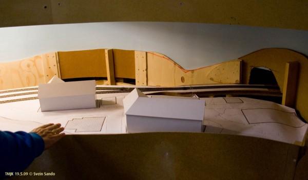Test av bygningsplassering i Undredal-byen (= Hovin)