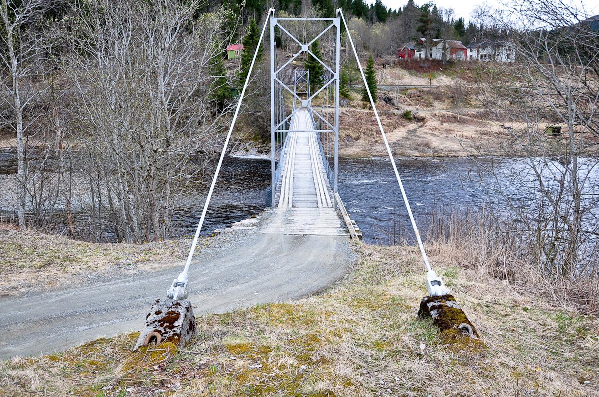 """""""A bridge too long"""""""